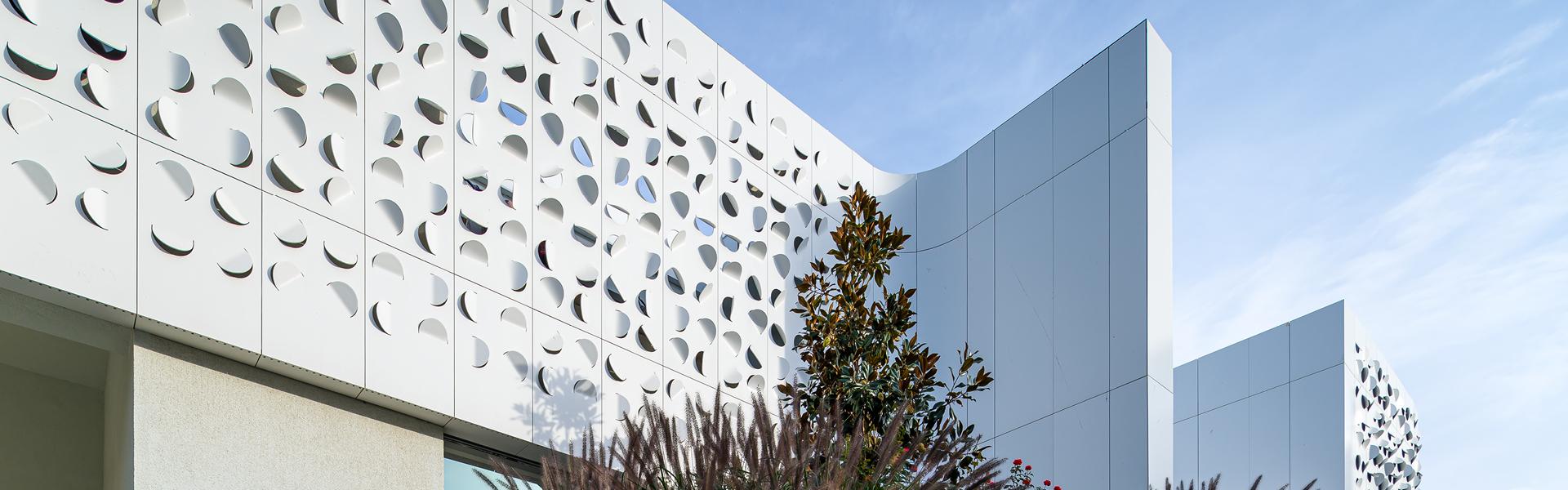 Kerrock facade